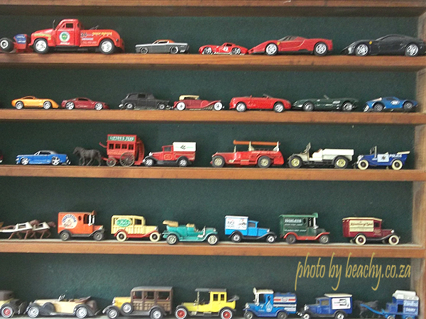 old toy cars at Thomas River