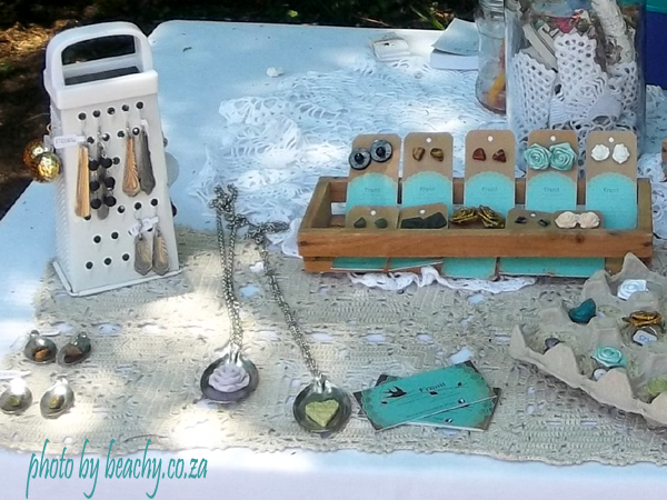 vintage crafts at Tea in the Trees market day