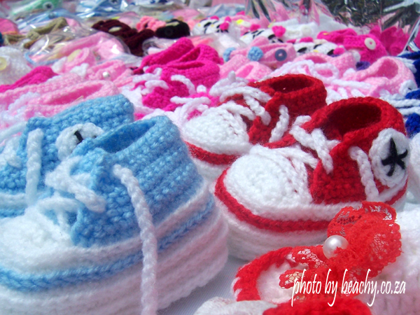 woollen baby booties that look like shoes