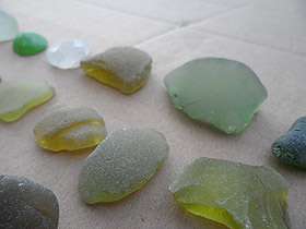sea glass lot 030719C - sea glass greens