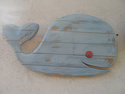 wood whale decor South Africa 010819E
