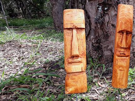 wooden island heads